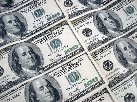 file8581264118812money printing hundred dollar bills