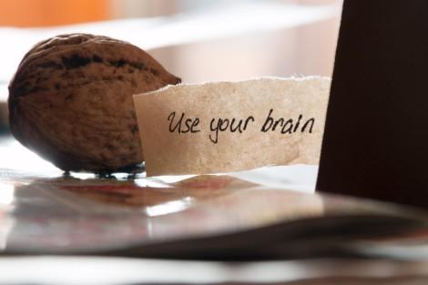 Use ur brain pic